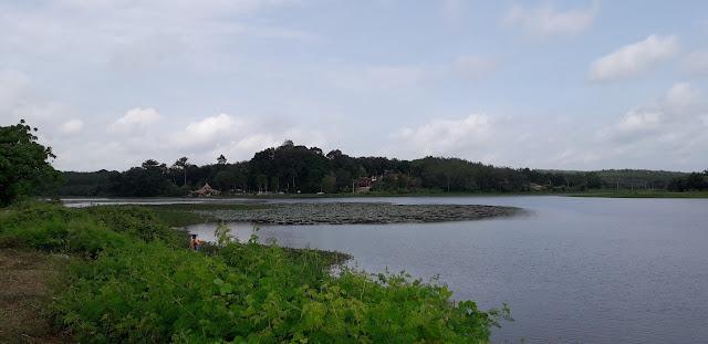 Tasik Durian Tunggal