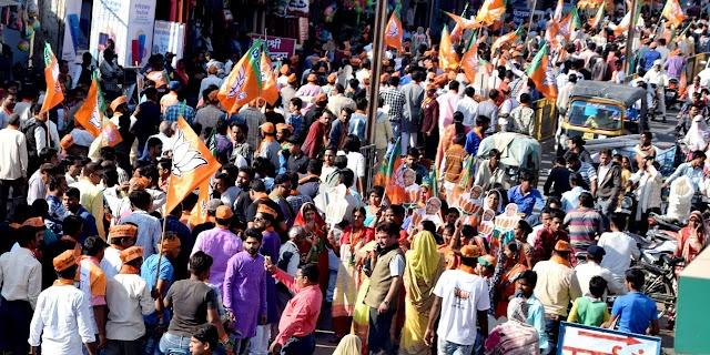 भाजपा प्रत्याशी जयंत मलैया के रोड शौ बनाम जन समर्थन यात्रा को मिला जनता जनार्दन का व्यापक समर्थन