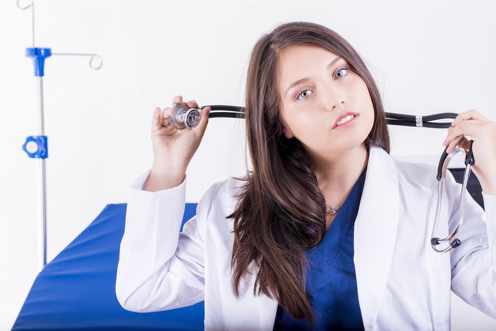 Kadın Doktor