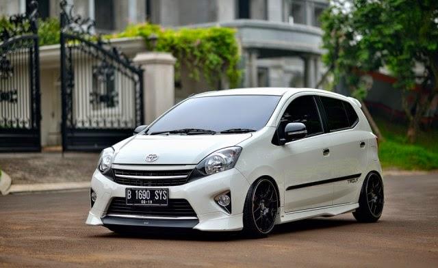 Foto Mobil Toyota Agya modifikasi