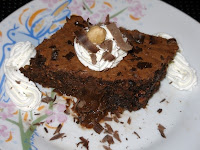 Φουντουκόπιτα (σοκολατόπιτα) με ρευστή σοκολάτα - by https://syntages-faghtwn.blogspot.gr