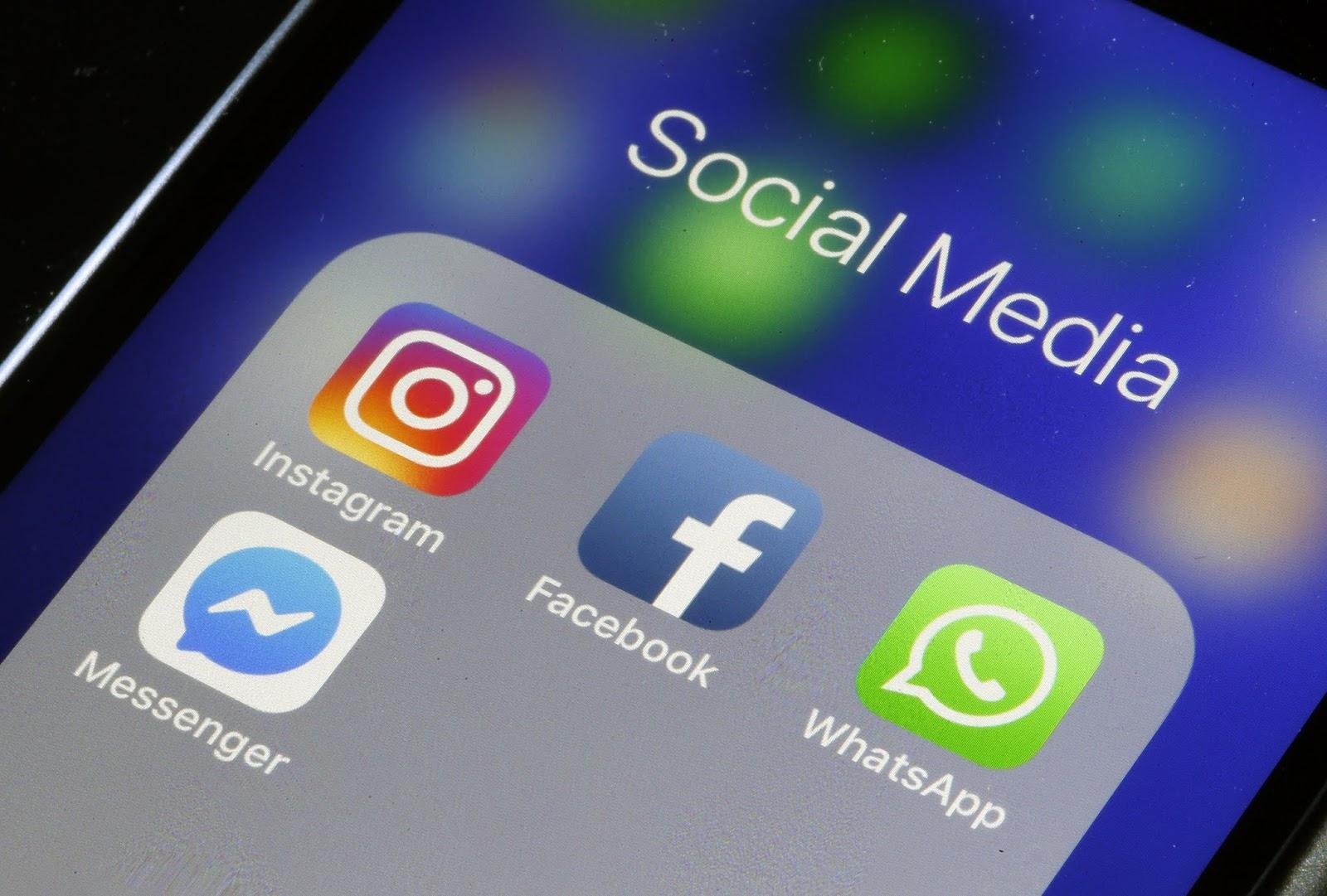 social media, ergomaniac