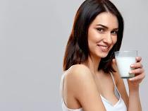 Kapan Waktu Terbaik Minum Susu?