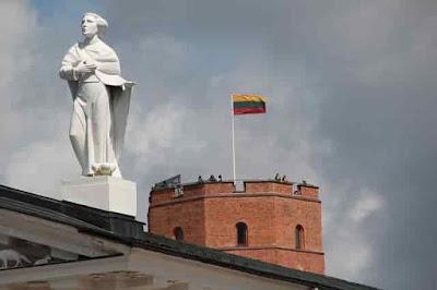 الاوراق المطلوبة لاستخراج فيزا ليتوانيا 2020 للعرب