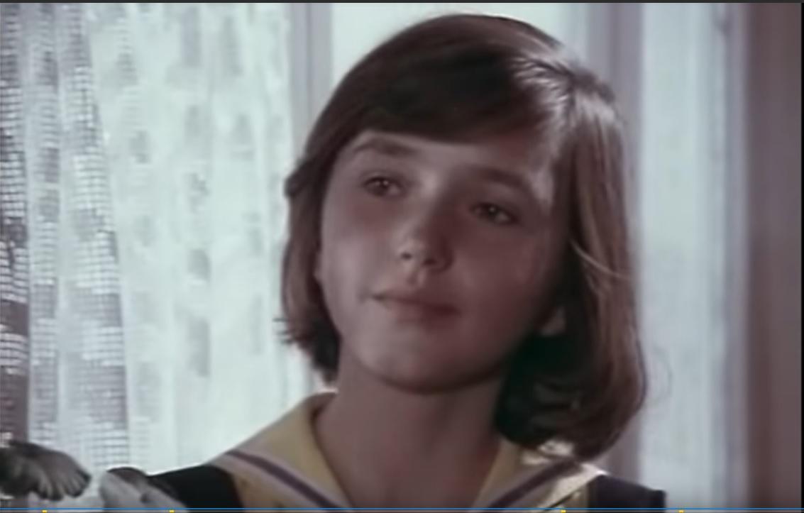 Женя, дочь командира Красной Армии полковника Александрова