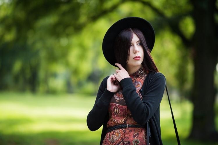 pre-fall outfit | stylizacja boho na jesień | styl boho | jak ubrać się jesienią | stylizacja z kapeluszem | tunika w etniczny wzór | blog o modzie | blog szafiarski | blog modowy