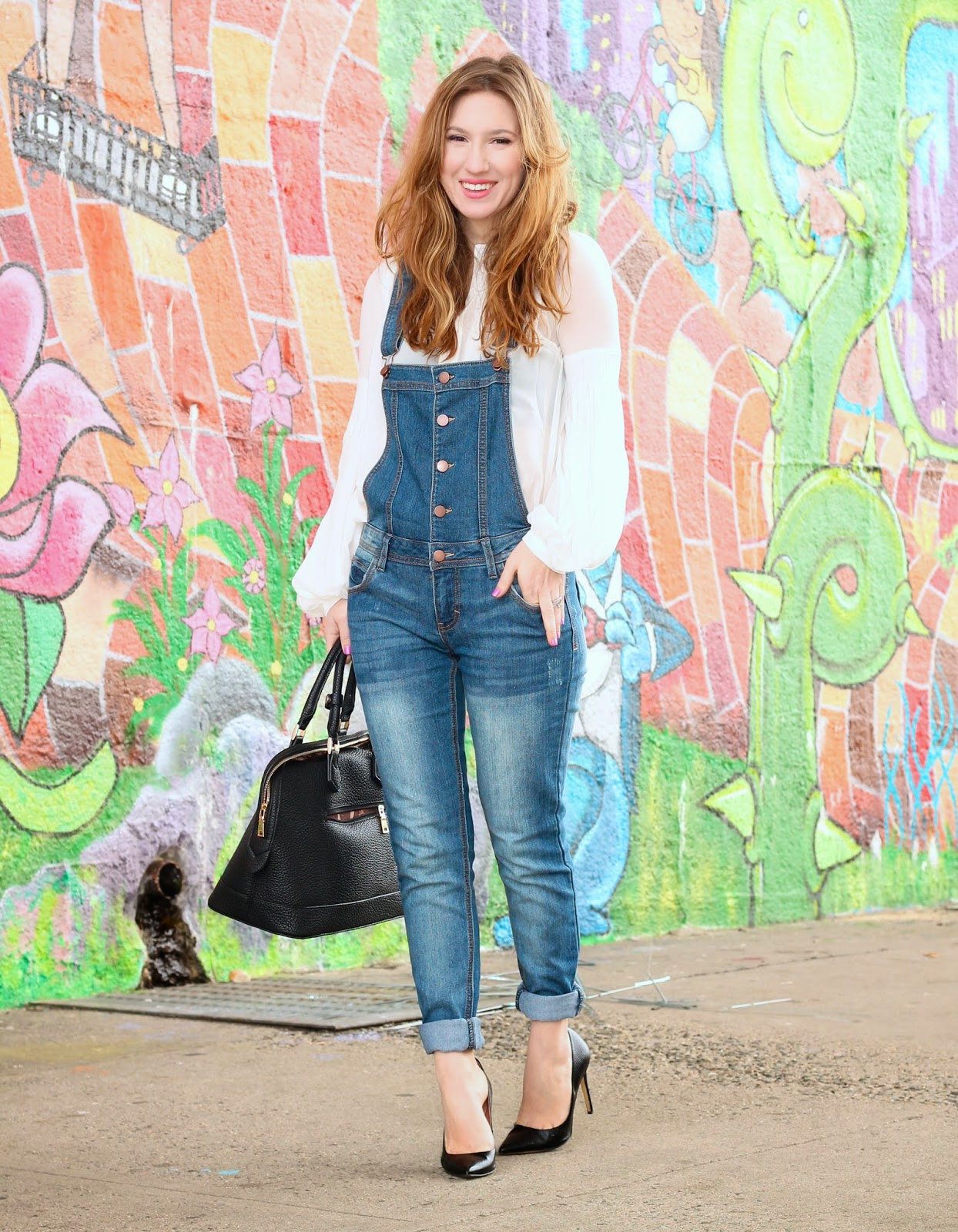 bloggers wearing overalls