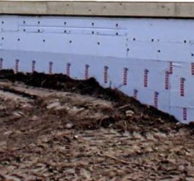 Improperly graded foundation site