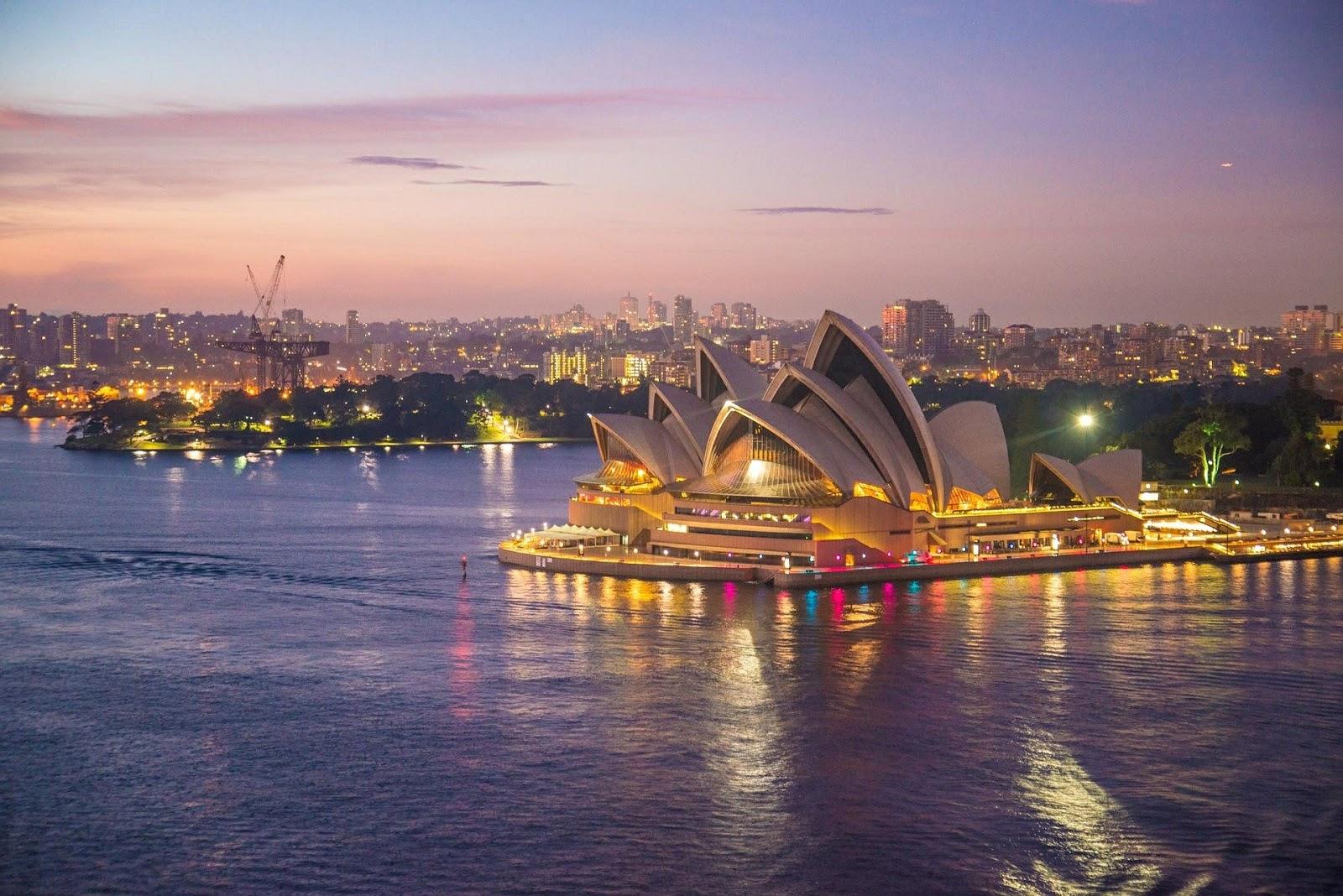 Sydney Opera House - Ultimate Travel Bucket List.