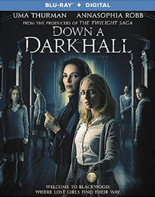 Down A Dark Hall [BD25] [Latino]