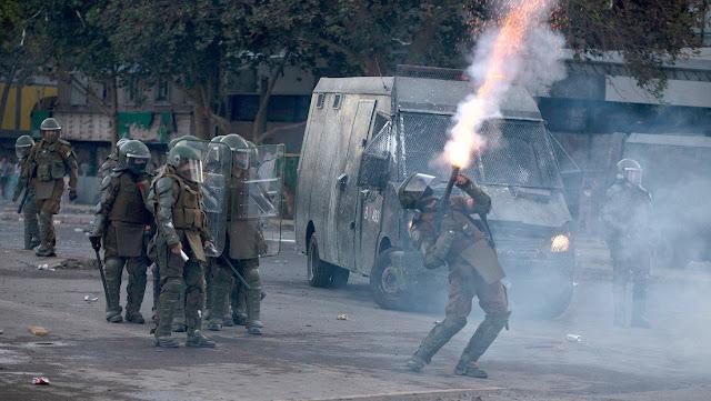 Corte Suprema de Chile prohibe a Carabineros usar sustancias químicas en las protestas