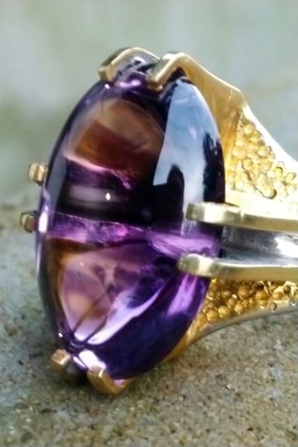 kecubung ungu kristal ada di borneo artshop