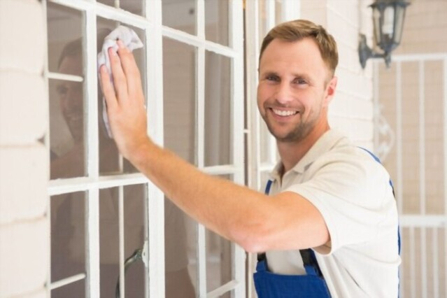 Key Points ToConsider When Hiring ProfessionalsFor Window Cleaning