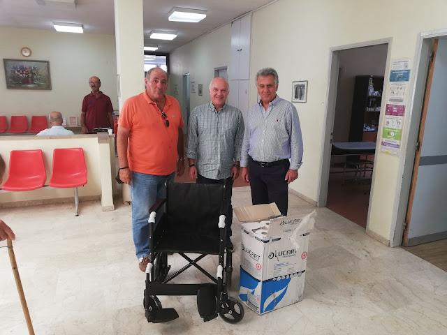 Παράδοση αναπηρικού αμαξιδίου στο Κέντρο Υγείας Κρανιδίου