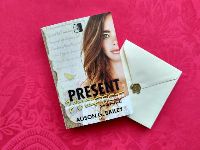 """Doskonałość, przyjaźń i cierpienie, czyli recenzja powieści pt.""""Present Perfect"""" Alison G. Bailey"""