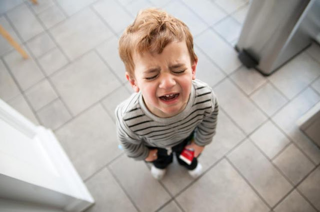 temper tantrum, child tantrum, mall tantrum, parenting tantrum, autism tantrum, autism, hyperactive tantrum, hyperactive child