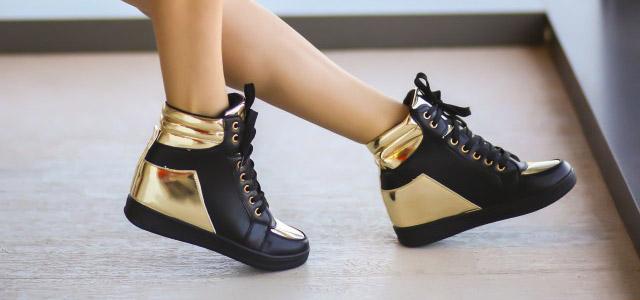 Adidasi cu platforma negri cu auriu ieftini la moda online de toamna