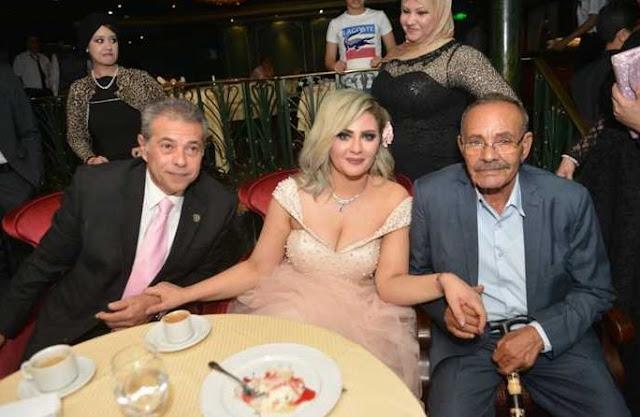 صور حفل زفاف توفيق عكاشة و حياة الدرديري على البحر
