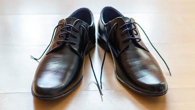 Kiat Sederhana untuk Mendisinfeksi Sepatu Anda dari Virus Corona
