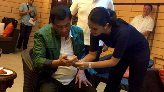 Find Out How Heart Evangelista Reacted When She Meet Pres. Duterte For The First Time!