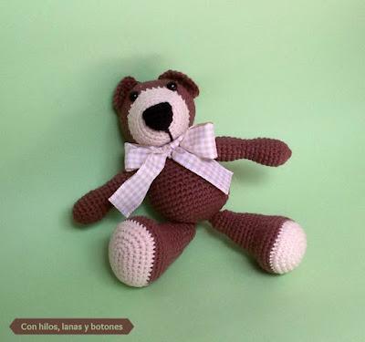 Con hilos lanas y botones: Reto Homenaje Tejiendo con Esperanza - Osito amigurumi