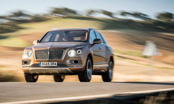 2017 Bentley Bentayga SUV Performance