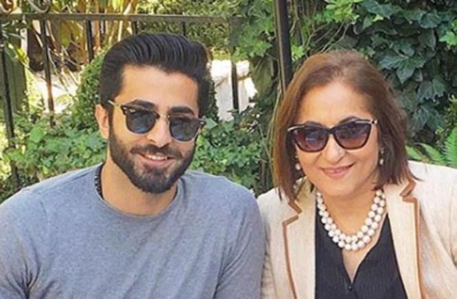 Sheheryar Munawar wrote heart notes on his mother's birthday