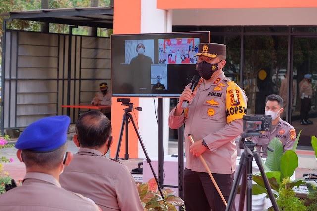 Resmikan Isoter Wisma Kemala, Kapolda Riau Serahkan Bantuan 30 Oksigen Konsentrator Dari Kapolri