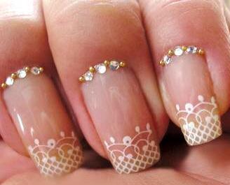 Foto de uñas con diseño para matrimonio