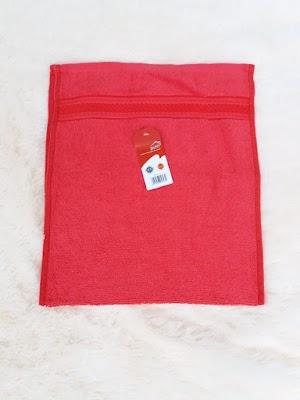Handuk Mini Lembut Warna Merah