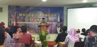 Wawako Jambi Menghadiri Dan Berikan Kata Sambutan Di Musda IJTI Jambi.