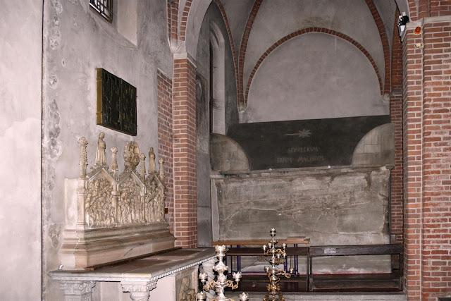 Τα λείψανα των Τριών Μάγων http://leipsanothiki.blogspot.be/