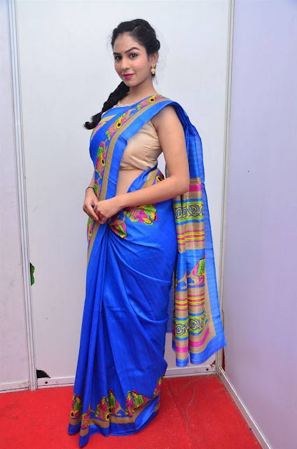 Pooja Stills At Kala Silk Handloom Expo Launch
