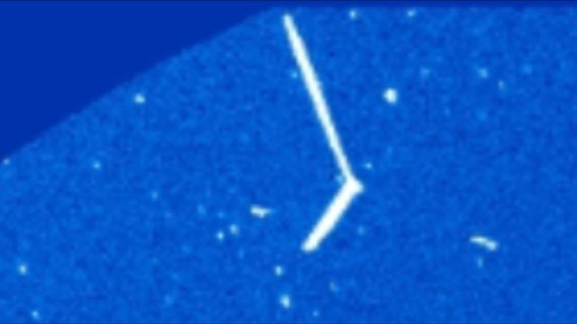 UFO News ~ UFO Near Sun Makes Hard 45 Degree Turn plus MORE Physics%252C%2Bastronomy%252C%2Bbad%252C%2Bastronomer%252C%2Bsun%252C%2BAztec%252C%2BMayan%252C%2BWarrier%252C%2Bfight%252C%2Btime%252C%2Btravel%252C%2Btraveler%252C%2BLas%2BVegas%252C%2BUFO%252C%2BUFOs%252C%2Bsighting%252C%2Bsightings%252C%2Balien%252C%2Baliens%252C%2BET%252C%2Bspace%252C%2Btech%252C%2BDARPA%252Cgod%252C%2B213