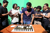 Karthi B'Day Celebration At Kashmora Shooting Spot-thumbnail-7
