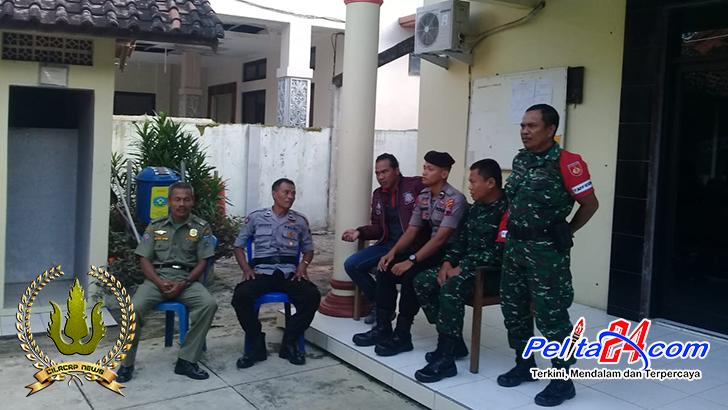 Personel Koramil Mayong Bersama Polsek Nalumsari Pam Kotak Suara