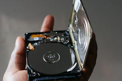 Perbedaan HDD dan SSD Serta Cara Kerja dan Harganya Tahun 2020