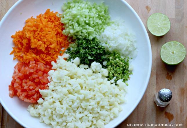 Ingredientes para preparar Ceviche de coliflor.