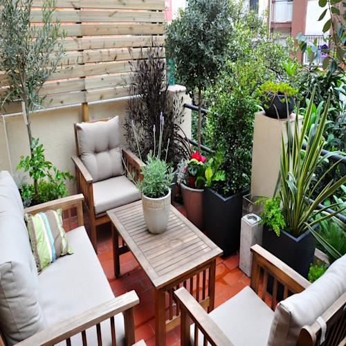 Furniture Teras Atas Rumah ( Balkon ) Desain Interior