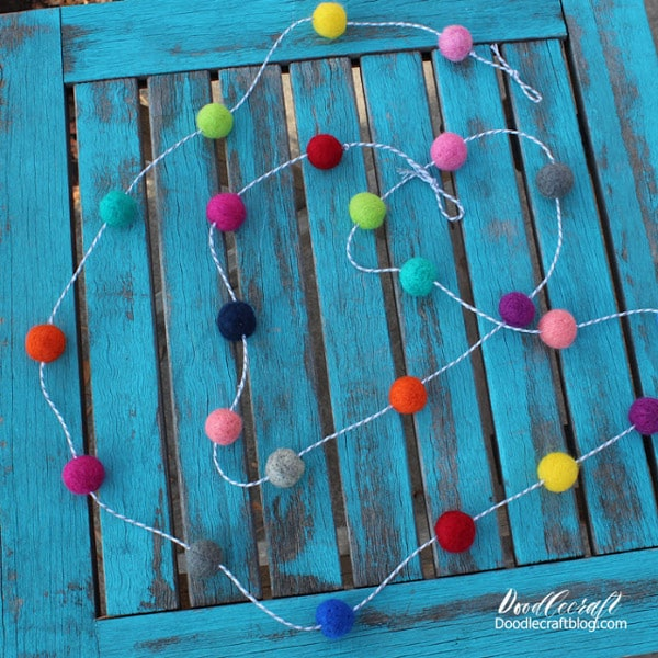 How to make a Felt ball pom pom garland with felted wool.