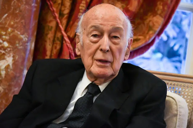Mort de l'ancien président français Valéry Giscard d'Estaing du Covid à 94 ans