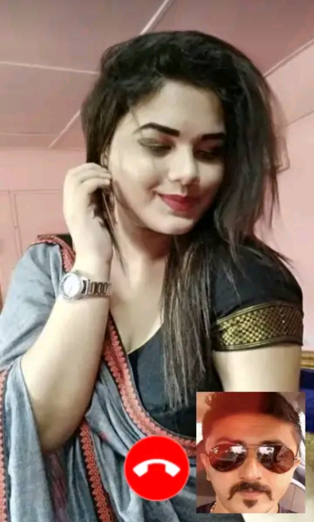 Chat with hot Indian girls and bhabhis||Meet new people