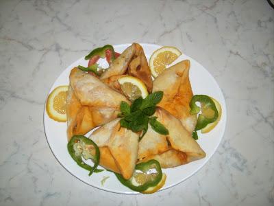 فطائر السبانخ,الفطائر,عجينة الفطائر,عجينة فطائر السبانخ,سبانخ,فطائر,عجينة,العجينة,الفطائر المقرمشة,وصفة,وصفة فطائر السبانخ,spinach fatayer,fatayer spinach,spinach,how to make fatayer,crunchy fatayer,Lebanese Food (Food),Fatayer (Food),