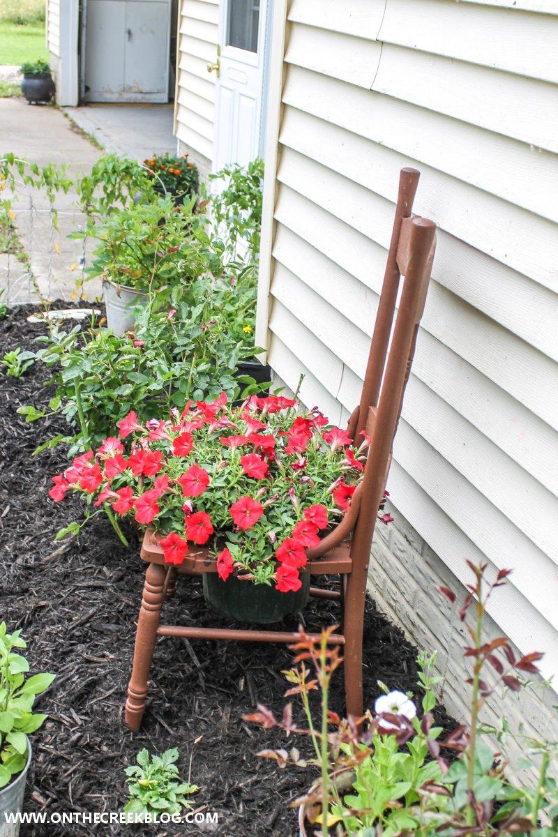garden chair planter ideas | On The Creek Blog // www.onthecreekblog.com