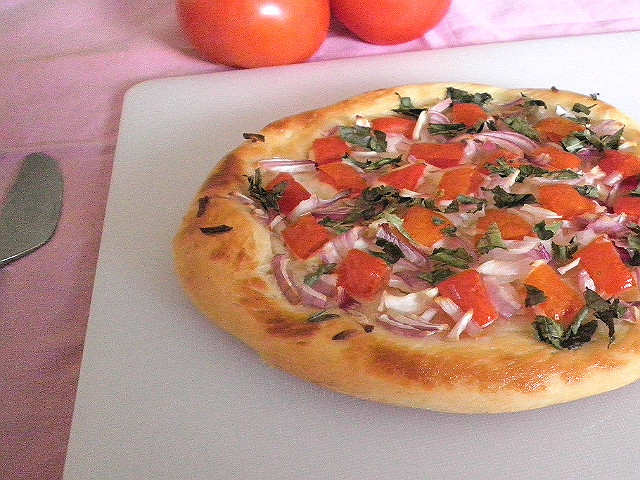 Pizza Recipe @ http://treatntrick.blogspot.com