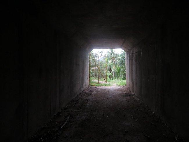 внутри туннеля Самуи