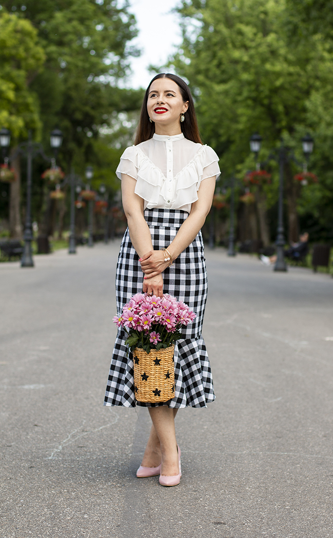 adina nanes lady like outfit