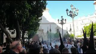 María Santísima de los Desamparados por la Plaza San Francisco en la Semana Santa de Cádiz 2019