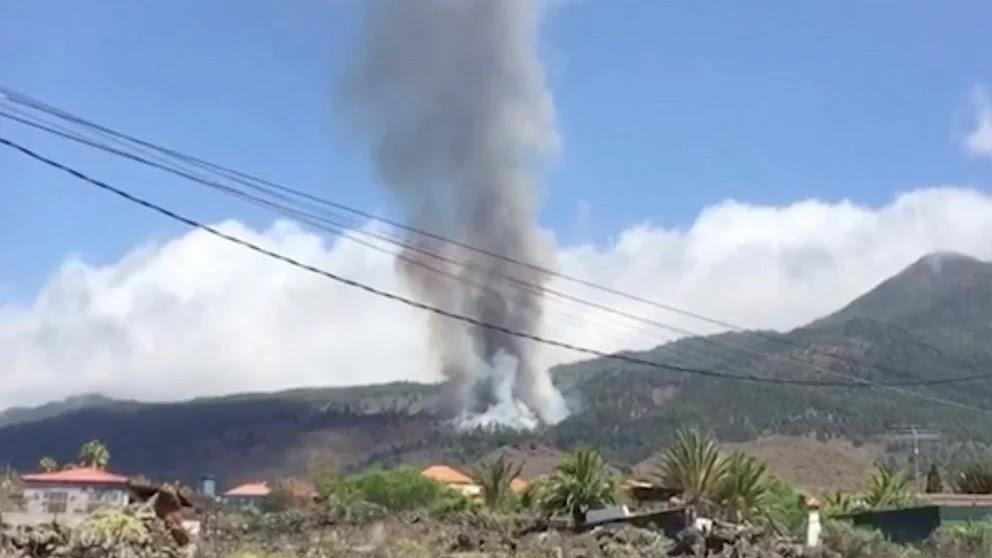 Volcano erupts on Atlantic island