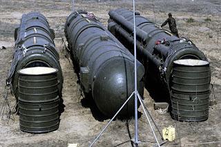 Rudal RSD-10 Soviet saat dihancurkan di situs pelucur Kapustin Yar